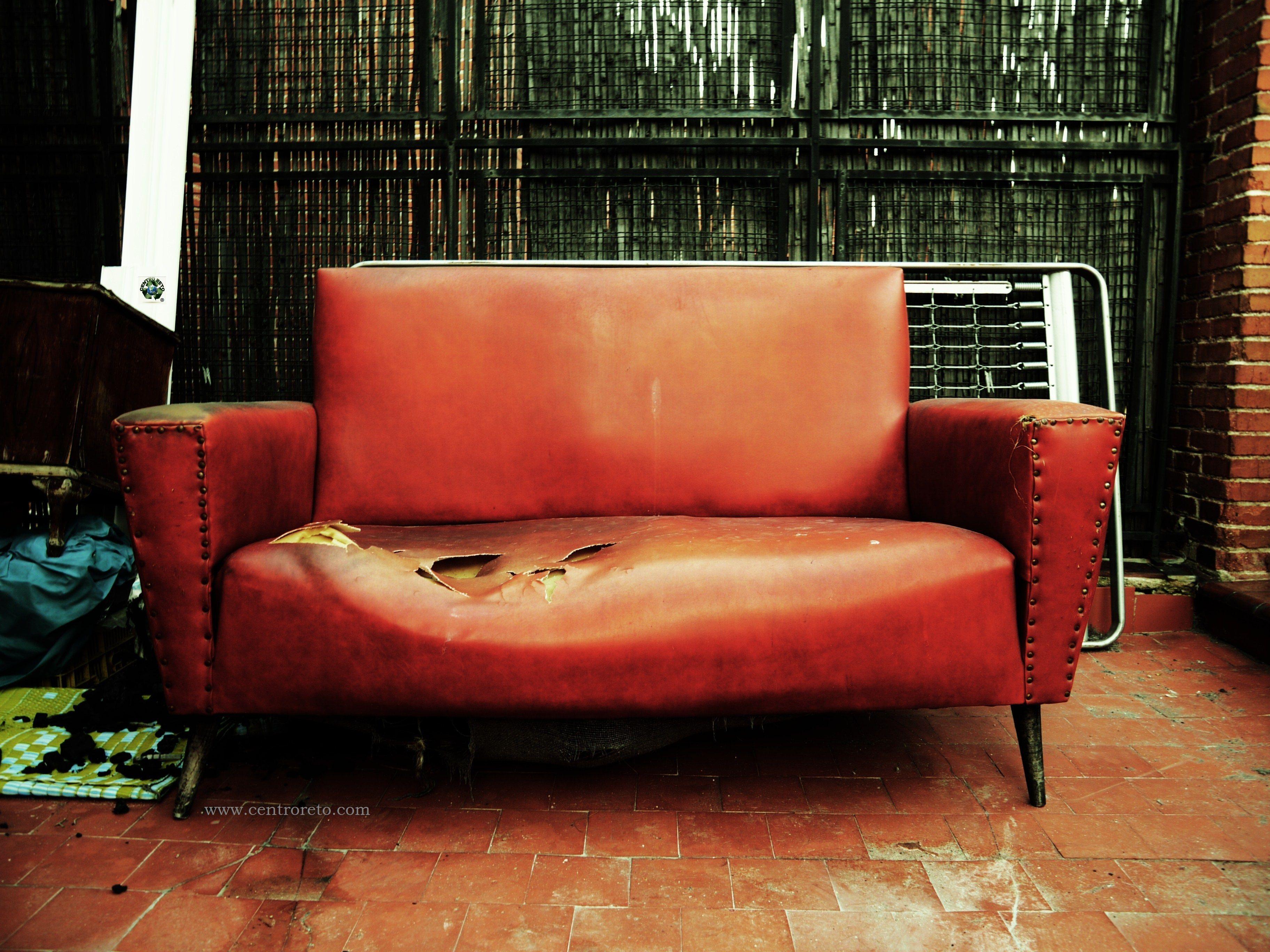 Recogida de muebles y retirada de enseres gratis for Muebles usados coruna